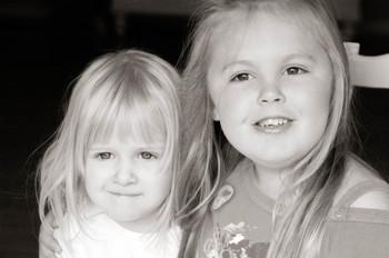 Emma_and_bella_bw_1